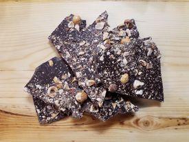 chocolat noir noisettes vrac et local allemans